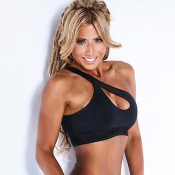 Crissi Carvalho female vegan bodybuilder