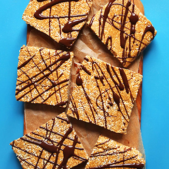 No-Bake Vegan Protein Bars With Chocolate